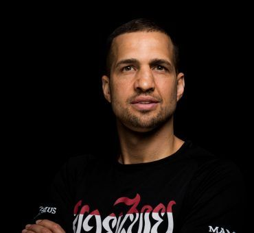 Ein Portrait vom Muay Thai Headcoach David Keclik
